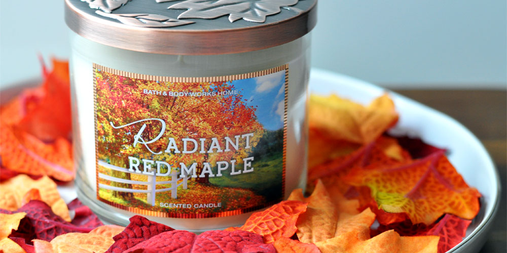 Radiant Red Maple - Bath & Body Works Candle - Perfect Autumn Scent