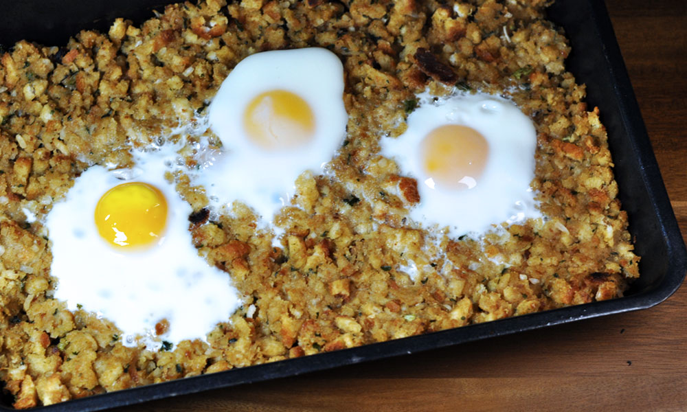 Black Friday Breakfast - Eggs Baked in Stuffing - Easy & Quick Thanksgiving Leftover Recipe